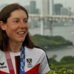 Anna Kiesenhofer Olympic medal